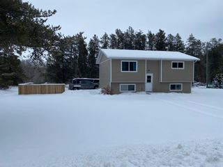 Photo 1: 112061 Traverse Bay Road North: Traverse Bay Residential for sale (R27)  : MLS®# 202102148