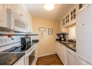 """Photo 5: 611 15111 RUSSELL Avenue: White Rock Condo for sale in """"Pacific Terrace"""" (South Surrey White Rock)  : MLS®# R2204844"""