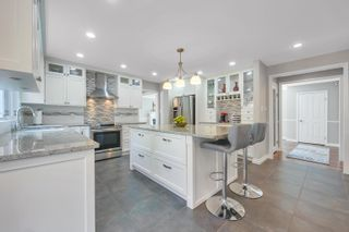 Photo 10: 2908 KALAMALKA Drive in Coquitlam: Coquitlam East House for sale : MLS®# R2622040