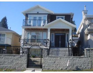 """Photo 1: 35 HOLDOM Avenue in Burnaby: Capitol Hill BN House for sale in """"CAPITOL HILL"""" (Burnaby North)  : MLS®# V756730"""