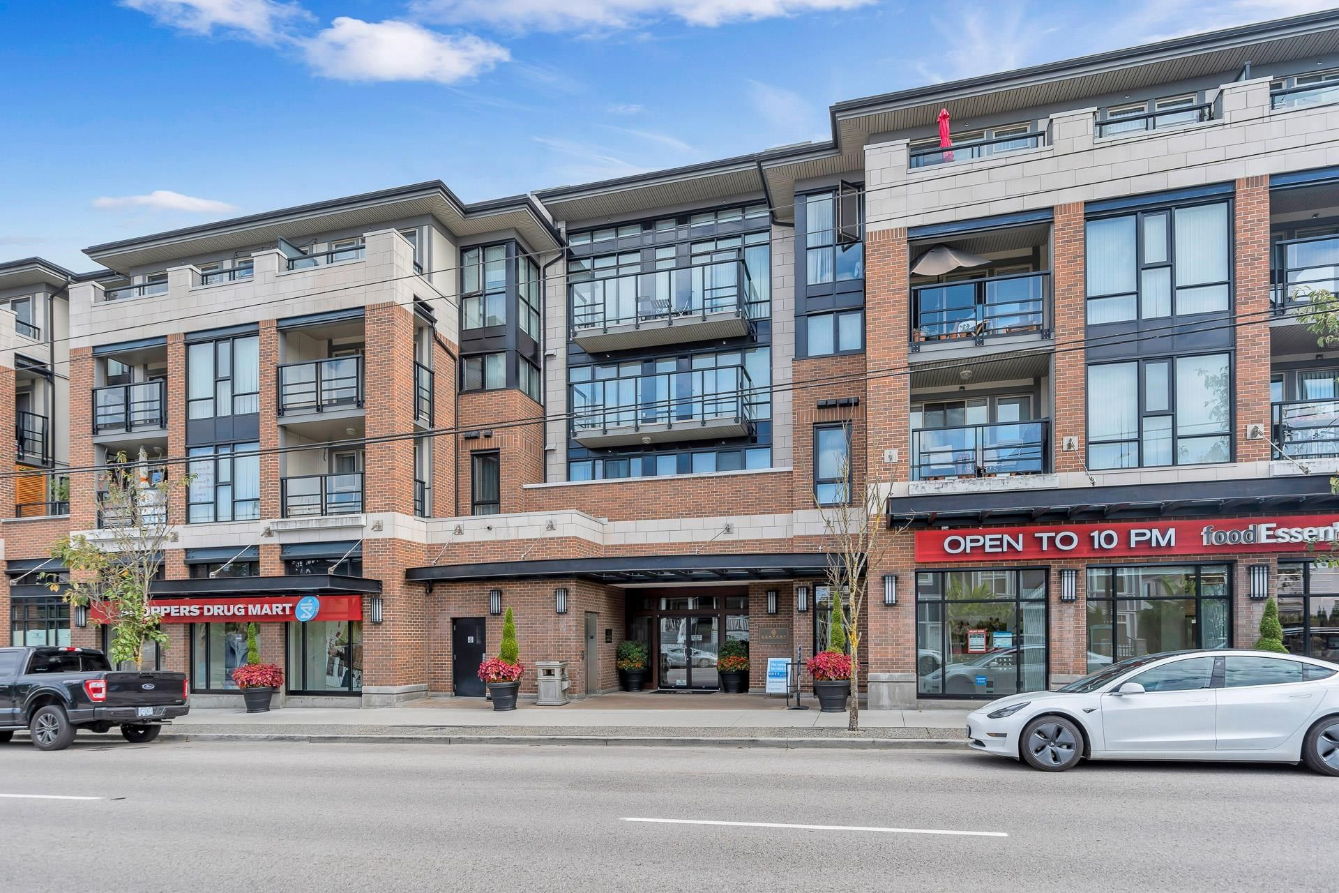 """Main Photo: 423 4550 FRASER Street in Vancouver: Fraser VE Condo for sale in """"Century"""" (Vancouver East)  : MLS®# R2614168"""