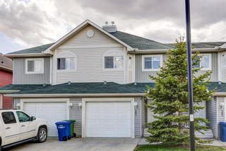 Photo 3: 161 Bayside Point SW: Airdrie Row/Townhouse for sale : MLS®# A1106831