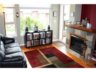 """Photo 4: 211 250 SALTER Street in New Westminster: Queensborough Condo for sale in """"PADDLERS LANDING"""" : MLS®# V901158"""