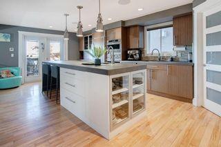 Photo 2: 1432 Child Avenue NE in Calgary: Renfrew Detached for sale : MLS®# A1061055
