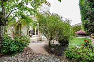 """Photo 26: 19 8555 209 Street in Langley: Walnut Grove Townhouse for sale in """"AUTUMNWOOD"""" : MLS®# R2575003"""