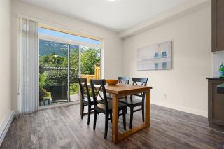 """Photo 8: 38327 SUMMITS VIEW Drive in Squamish: Downtown SQ Townhouse for sale in """"Eaglewind Natures Gate"""" : MLS®# R2483866"""
