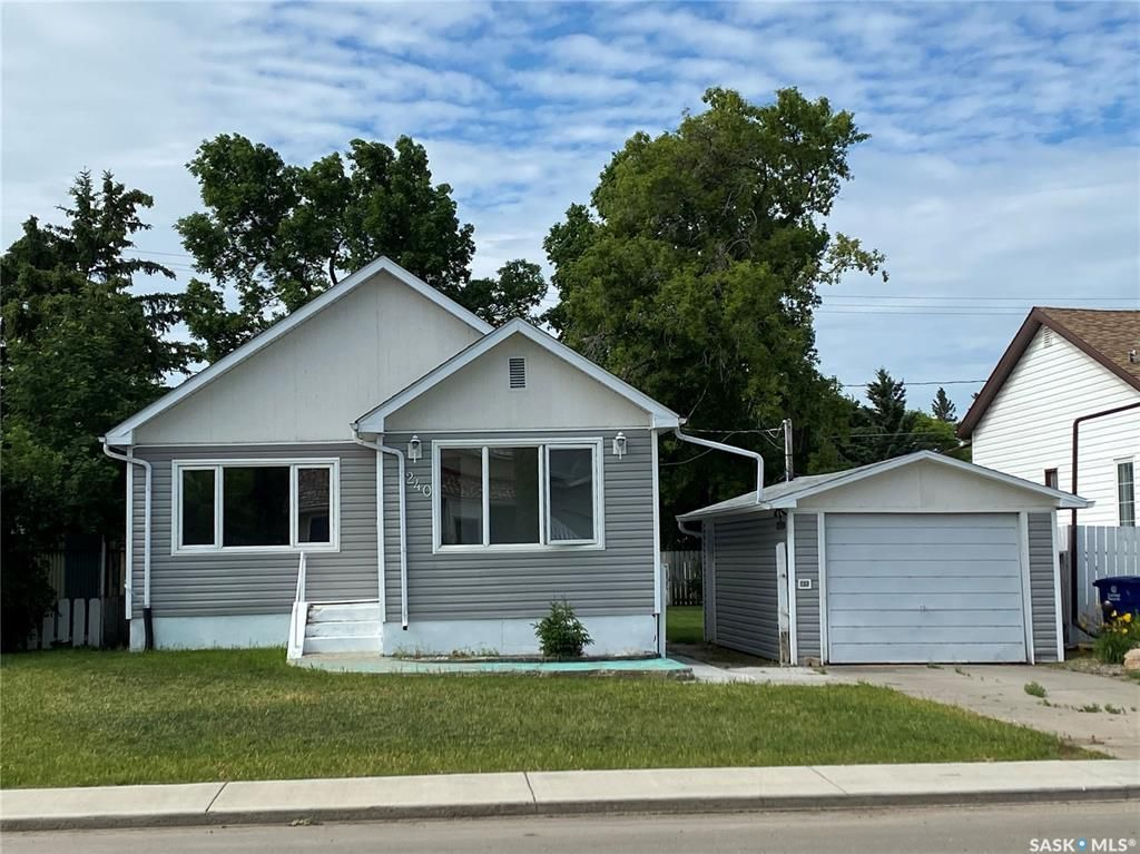 Main Photo: 240 3rd Avenue West in Unity: Residential for sale : MLS®# SK860995