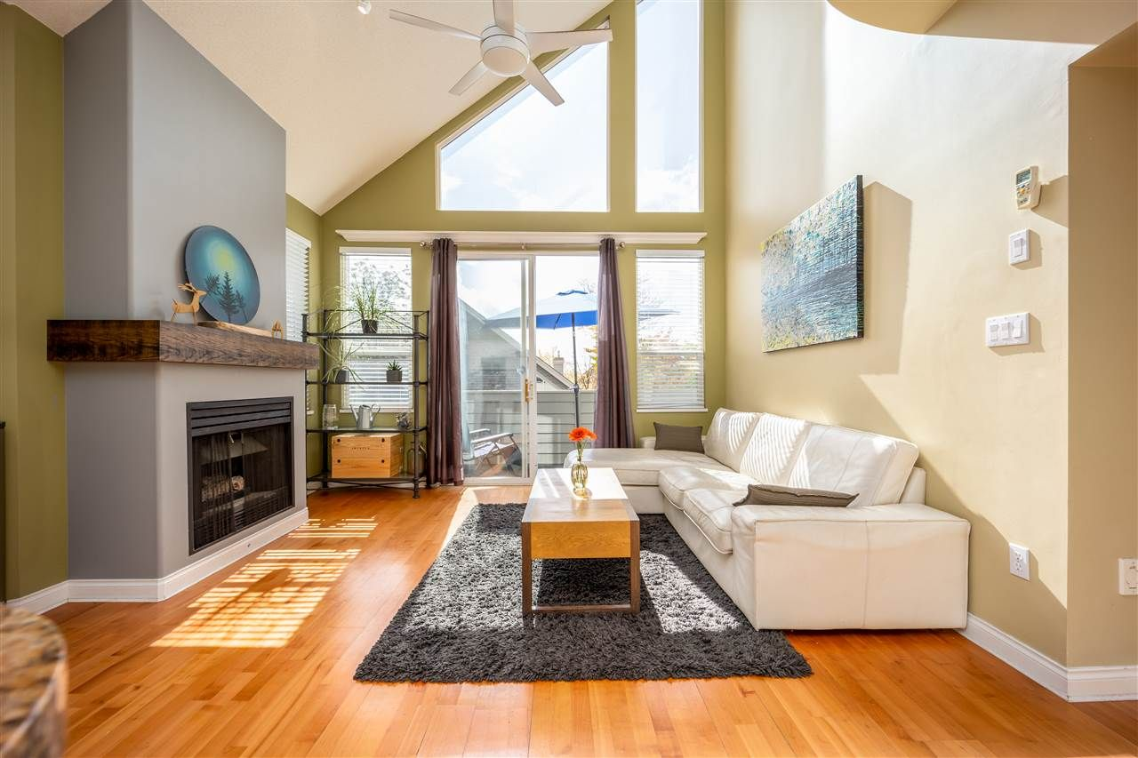 """Main Photo: 410 1485 PARKWAY Boulevard in Coquitlam: Westwood Plateau Townhouse for sale in """"Silver Oaks"""" : MLS®# R2502888"""