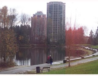 Photo 2: 803 3070 GUILDFORD Way in Coquitlam: North Coquitlam Condo for sale : MLS®# V678054