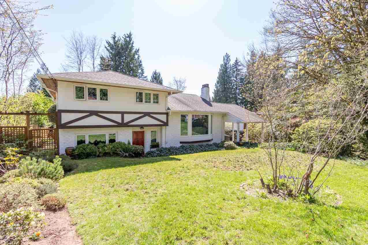 Main Photo: 1653 PETERS Road in North Vancouver: Lynn Valley House for sale : MLS®# R2574015