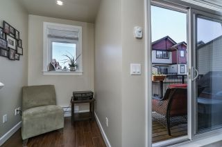 Photo 10: 35 7168 179TH STREET in Surrey: Cloverdale BC Townhouse for sale (Cloverdale)  : MLS®# R2168940