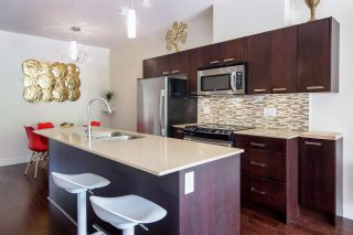 """Photo 7: 103 3382 VIEWMOUNT Drive in Port Moody: Port Moody Centre Townhouse for sale in """"Lillium Villas"""" : MLS®# R2187469"""