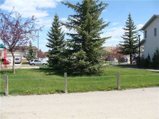 Photo 19: 80 APPLETREE Crescent SE in CALGARY: Applewood Residential Detached Single Family for sale (Calgary)  : MLS®# C3616982