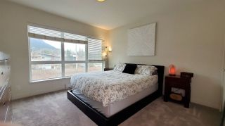 "Photo 8: 40166 GOVERNMENT Road in Squamish: Garibaldi Estates Townhouse for sale in ""The Phoenix"" : MLS®# R2548569"