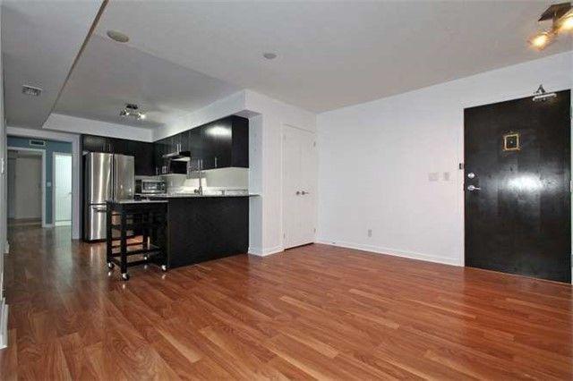Photo 4: Photos: 1009 76 Shuter Street in Toronto: Church-Yonge Corridor Condo for lease (Toronto C08)  : MLS®# C3702537