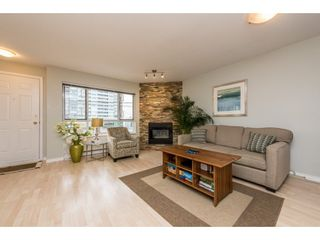 """Photo 4: 209 3938 ALBERT Street in Burnaby: Vancouver Heights Townhouse for sale in """"HERITAGE GREEN"""" (Burnaby North)  : MLS®# R2146061"""