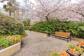 """Photo 27: 704 1450 PENNYFARTHING Drive in Vancouver: False Creek Condo for sale in """"HARBOUR COVE"""" (Vancouver West)  : MLS®# R2571862"""
