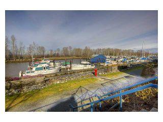 "Photo 1: 106 4733 W RIVER Road in Ladner: Ladner Elementary Condo for sale in ""RIVER WEST"" : MLS®# V869103"