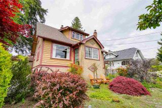 """Photo 1: 1613 SEVENTH Avenue in New Westminster: West End NW House for sale in """"West End"""" : MLS®# R2579061"""