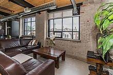 Photo 3: 68 Broadview Ave Unit #217 in Toronto: South Riverdale Condo for sale (Toronto E01)  : MLS®# E3593598
