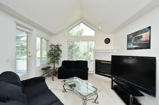 Photo 17: 417 10 Sierra Morena Mews SW in Calgary: Signal Hill Condo for sale : MLS®# C4133490