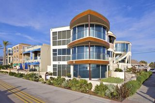 Photo 2: House for sale : 8 bedrooms : 3675 Ocean Front Walk in San Diego