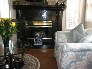 Photo 9: 11238 DUMBARTON Place in SURREY: Bolivar Heights Home for sale ()