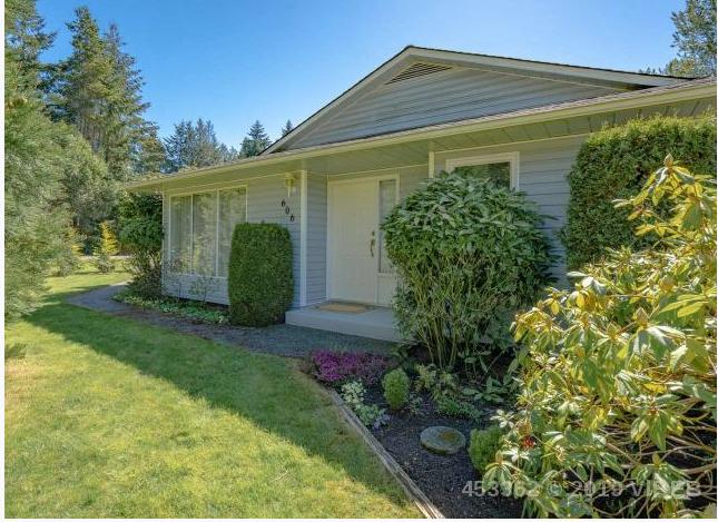 Main Photo: 606 Tamarack Drive in : Qualicum Woods House for sale (Qualicum Beach)  : MLS®# 453362