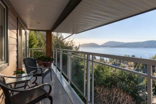 """Photo 16: 8609 SEASCAPE Place in West Vancouver: Howe Sound 1/2 Duplex for sale in """"Seascapes"""" : MLS®# R2528203"""