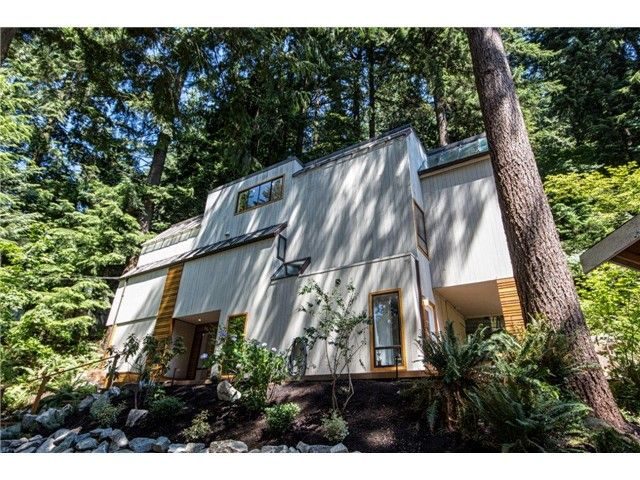 """Photo 17: Photos: 1810 RIVERSIDE Drive in North Vancouver: Seymour House for sale in """"RIVERSIDE"""" : MLS®# V1130790"""