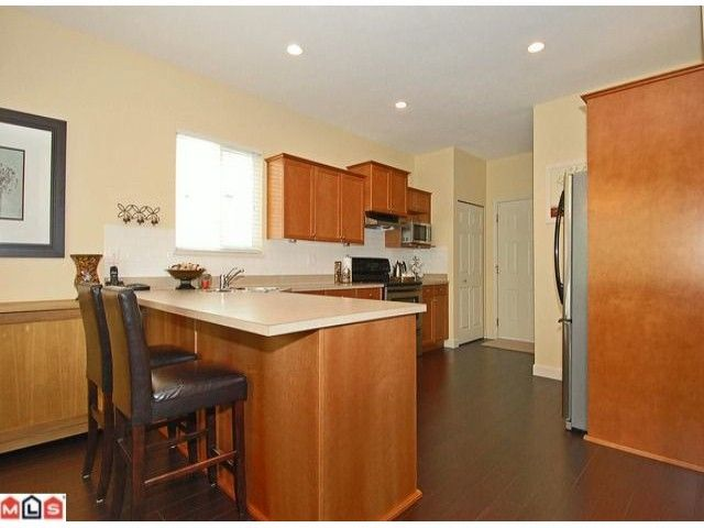 Main Photo: 26 7067 189 Street in Surrey: Clayton House for sale (Cloverdale)  : MLS®# F1010296