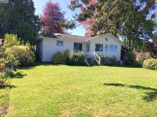 Photo 6: 8643 Lochside Dr in NORTH SAANICH: NS Bazan Bay House for sale (North Saanich)  : MLS®# 786921
