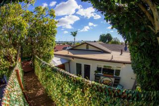 Photo 16: OCEANSIDE Twin-home for sale : 2 bedrooms : 1722 Lemon Heights Drive