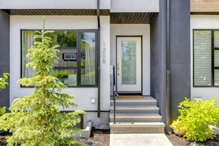 Photo 2: 1205 1 Street NE in Calgary: Crescent Heights Row/Townhouse for sale : MLS®# A1101476