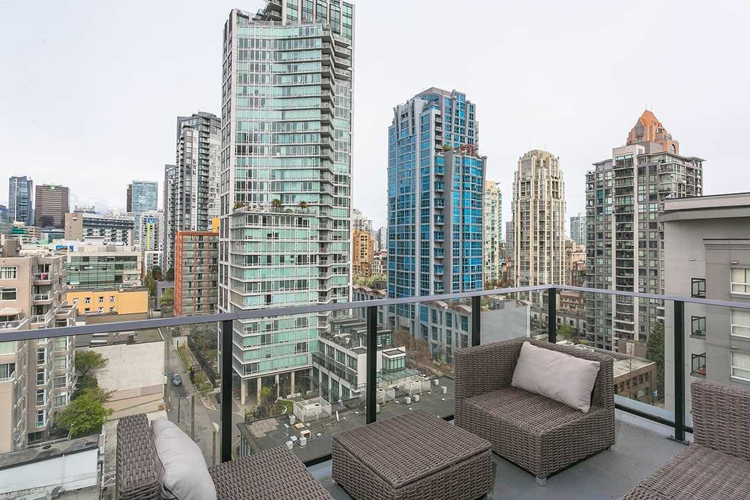 """Main Photo: 1106 1325 ROLSTON Street in Vancouver: Downtown VW Condo for sale in """"THE ROLSTON"""" (Vancouver West)  : MLS®# R2265814"""