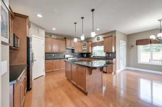 Photo 10: 1228 HOLLANDS Close in Edmonton: Zone 14 House for sale : MLS®# E4251775