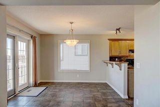 Photo 9: 242 WESTMOUNT Crescent: Okotoks Detached for sale : MLS®# C4220337