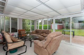 """Photo 12: 16023 10TH Avenue in Surrey: King George Corridor House for sale in """"McNally Creek"""" (South Surrey White Rock)  : MLS®# R2106266"""