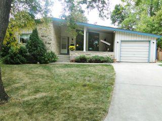 Photo 1: 10 Livingston Place in WINNIPEG: Fort Garry / Whyte Ridge / St Norbert Residential for sale (South Winnipeg)  : MLS®# 1219563