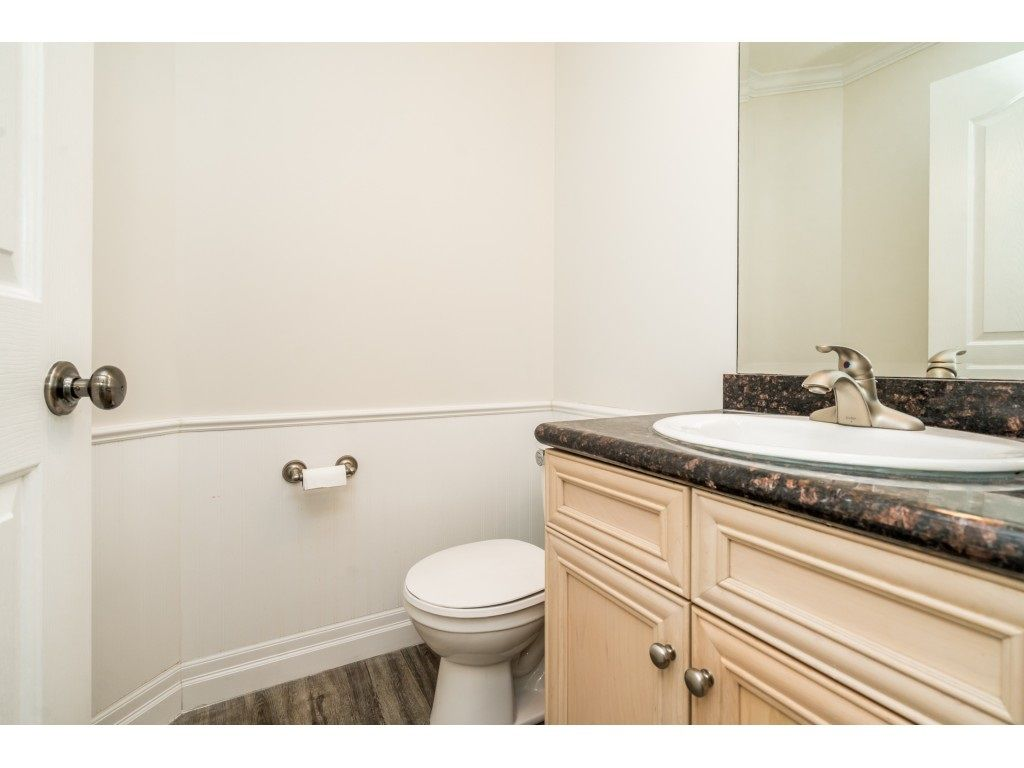 """Photo 10: Photos: 27 6450 BLACKWOOD Lane in Chilliwack: Sardis West Vedder Rd Townhouse for sale in """"The Maples"""" (Sardis)  : MLS®# R2480574"""