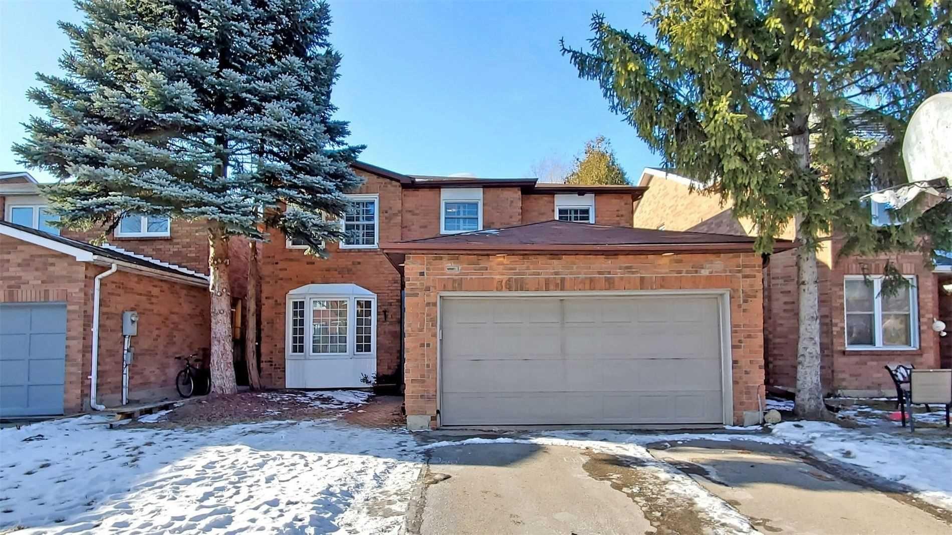 Main Photo: 36 Millcroft Way in Vaughan: Brownridge House (2-Storey) for sale : MLS®# N5109125