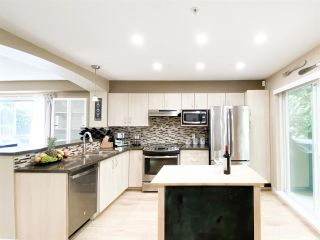 """Photo 6: 134 6747 203 Street in Langley: Willoughby Heights Townhouse for sale in """"SAGEBROOK"""" : MLS®# R2575428"""