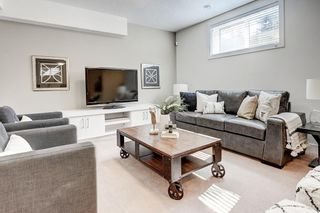 Photo 33: 2711 LIONEL Crescent SW in Calgary: Lakeview Detached for sale : MLS®# C4236282