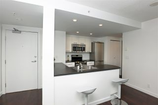 """Photo 9: 2106 1331 W GEORGIA Street in Vancouver: Coal Harbour Condo for sale in """"THE POINTE"""" (Vancouver West)  : MLS®# R2555682"""