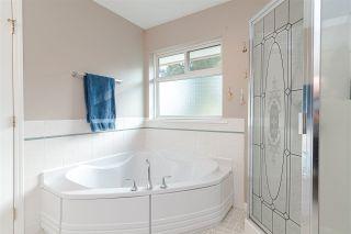 "Photo 12: 27080 25 Avenue in Langley: Aldergrove Langley House for sale in ""ALDERGROVE"" : MLS®# R2418547"