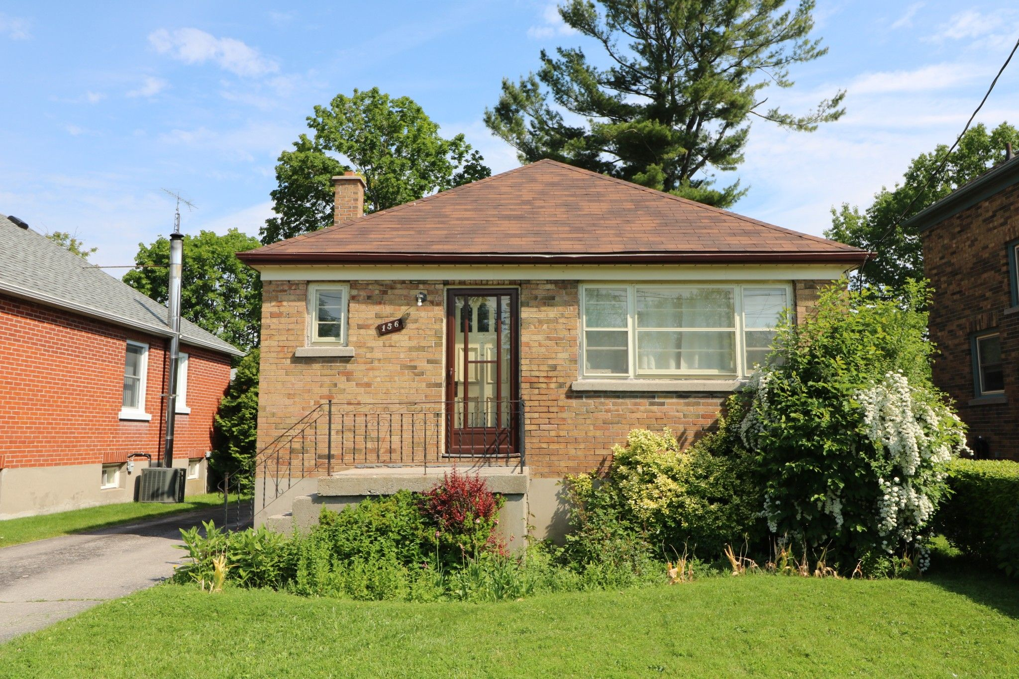 Main Photo: 156 Spencer Street E in Cobourg: House for sale : MLS®# 20451