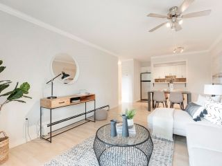 """Photo 8: 306 2215 DUNDAS Street in Vancouver: Hastings Condo for sale in """"Harbour Reach"""" (Vancouver East)  : MLS®# R2624981"""
