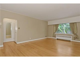 """Photo 4: 4 2110 W 47TH Avenue in Vancouver: Kerrisdale Condo for sale in """"BOULEVARD APARTMENTS"""" (Vancouver West)  : MLS®# V1025864"""
