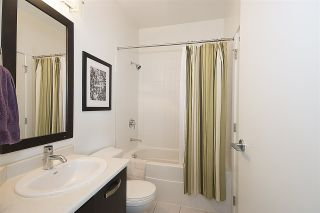"""Photo 10: 415 33539 HOLLAND Avenue in Abbotsford: Central Abbotsford Condo for sale in """"THE CROSSING"""" : MLS®# R2159342"""