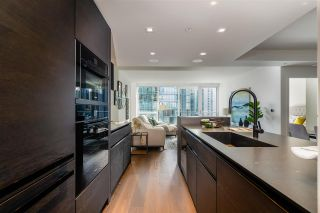 Photo 15: 1403 620 CARDERO STREET in Vancouver: Coal Harbour Condo for sale (Vancouver West)  : MLS®# R2493404
